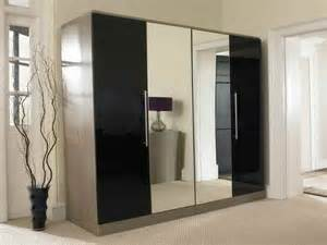 Wardrobe Designs With Mirror For Bedroom Bedroom Mirror Wardrobe With 4 Doors Black Smooky Design Beautiful Mirror Wardrobe Design And