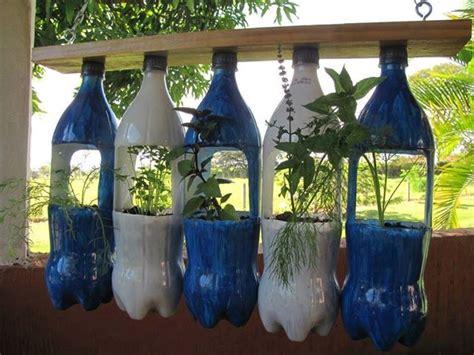 Vertical Garden Planters Diy Diy Vertical Garden Planters Using Plastic Bottles