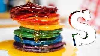 colored pancakes diy rainbow pancakes