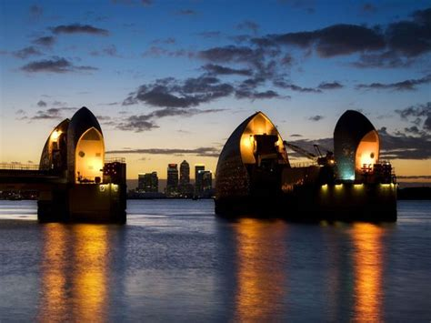 thames barrier moving flood photos flooding pictures wallpapers gallery