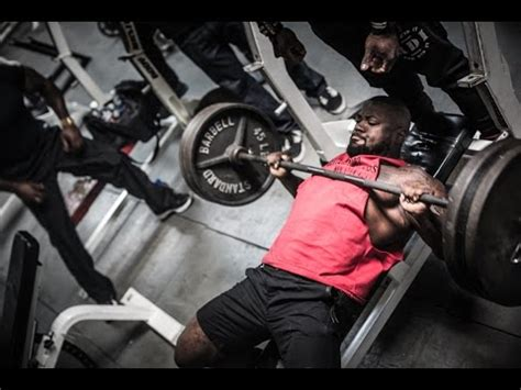 mike o hearn bench press max mike rashid and kevin oak bench press at coliseum gym