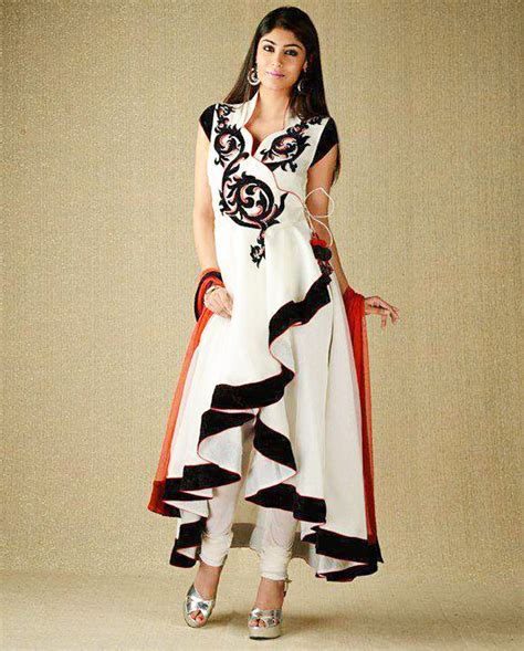 Latest Pakistani and Indian Party Dresses for Women 2017   BestStylo.com