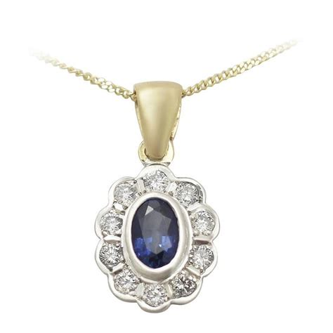 10 40 Ct Sapphire 0 57 ct sapphire and 0 40 ct 18 k yellow gold