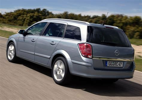 Opel Astra 2007 by 2007 Opel Astra H Caravan Pictures Information And