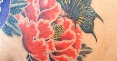 背中 女性 牡丹 蝶タトゥー 刺青デザイン画像 botan tattoo design 牡丹のタトゥー
