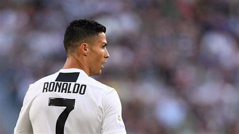 ronaldo   easy  replace  juventus sporting