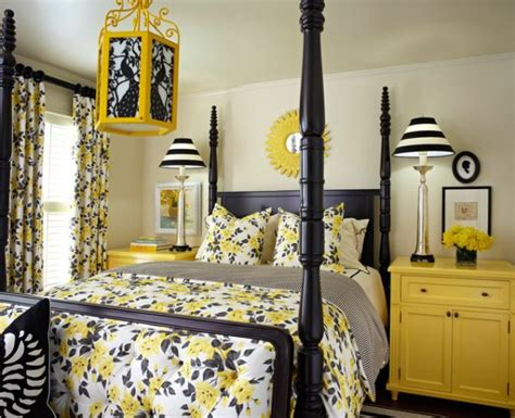 bee inspired how to use yellow and black together in - Black And Yellow Bedroom