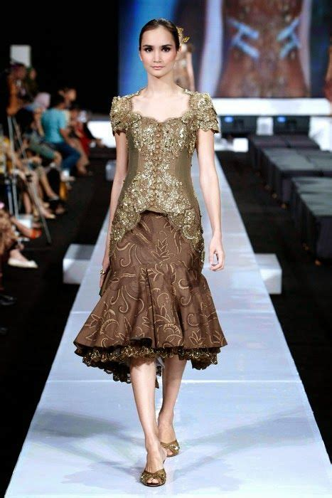 desain mini dress ivan gunawan 206 best model busana images on pinterest kebaya kebaya