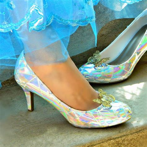 diy cinderella shoes 111 best images about diy disney live cinderella