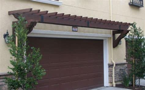 Garage Door Trellis by Fypon Pvc Trellis System Adds Architectural Interest To