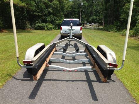 magic tilt aluminum boat trailers 2007 magic tilt 24 26 tandem torsion axle 10k lb aluminum