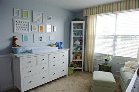 schlafzimmer chagner wohnzimmer grau lila streichen