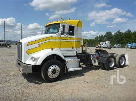 2001 kenworth for sale 2001 kenworth t800 for sale 17 used trucks from 17 010