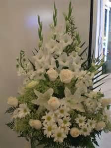 Flowers Arrangements For Funerals - best 20 funeral flower arrangements ideas on pinterest