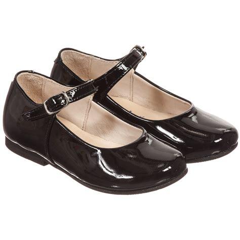 patent leather shoes manuela de juan shiny black patent leather shoes