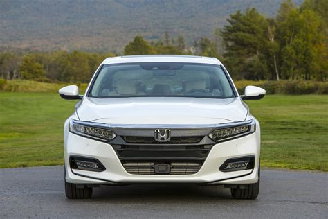 All New Honda Accord 2018 by Honda Accord All New For 2018 New On Wheels Groovecar