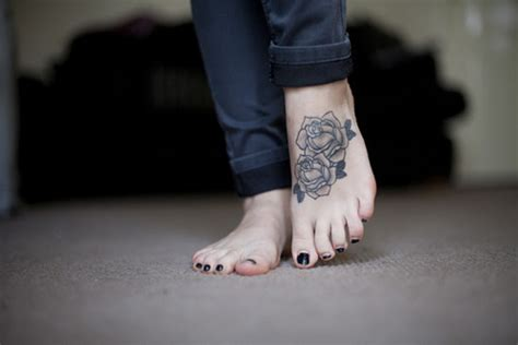 rose tattoo on foot black on design of tattoosdesign of tattoos