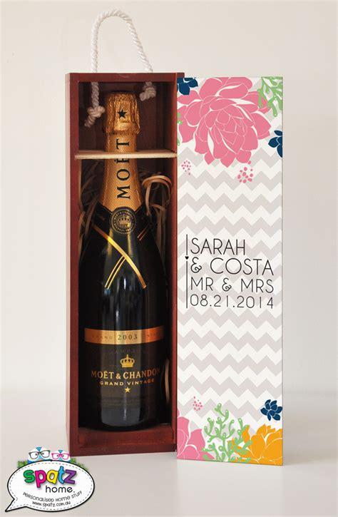 personalised wooden wine gift keepsake boxes spatz