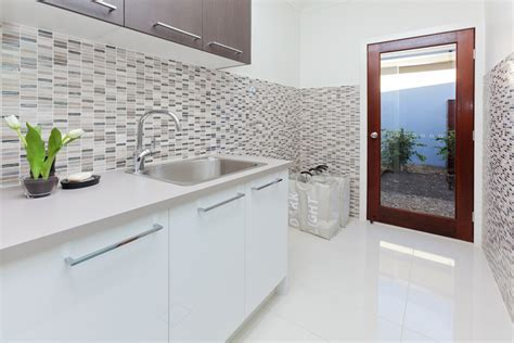 Ideas For Kitchen Tiles And Splashbacks Img For Exciting