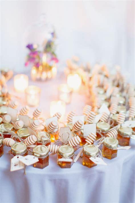 small jars of honey wedding favors best 25 honey wedding favors ideas on honey