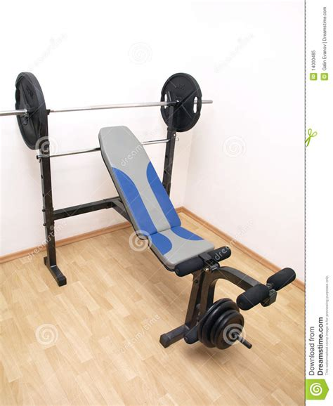 full bench press set 10 sets of 10 bench press 28 images trying to find my max bench press 225 lbs 2