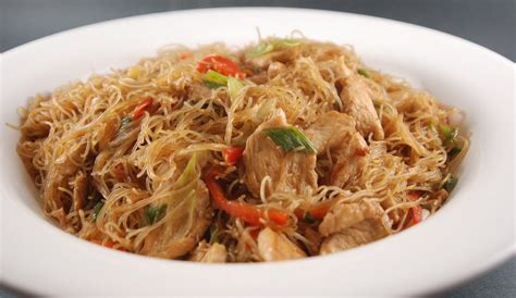 come cucinare gli spaghetti di riso cinesi spaghetti di riso con pollo kung food