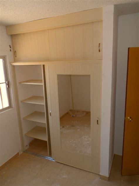 Closet De by Closet De Pvc Corredizo Reforzado