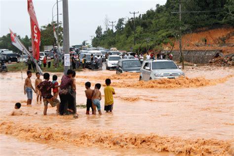 detiknews batam hari ini banjir terus ancam batam batam hari ini esok nanti