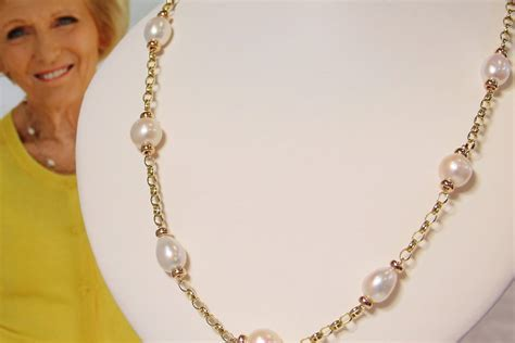 Mary Berry style necklace inspired by Mary Berry now