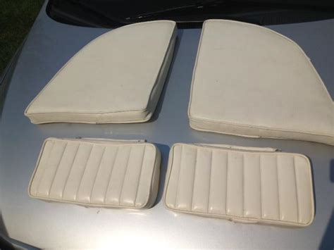 grady white boat cushions sell grady white overnighter cushion set motorcycle in