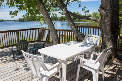 Sunset Bay Cottage Rentals by Deck Seating