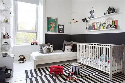 chambre bebe noir 8 chambres b 233 b 233 et enfant en noir et blanc