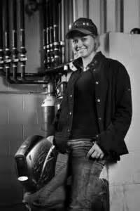 Weld Like This Girl: Sara Bingham Welding Champion