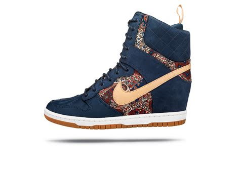 Sneakers Wedges Nike Sky High Dunk Grade Ori the nike x liberty collection nike news