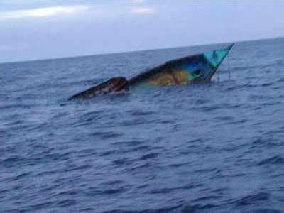 fishing boat registration kerala kanyakumari fishing boat meets with accident off kerala