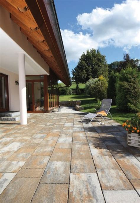 patio designs using pavers patio design ideas using concrete pavers for big backyard