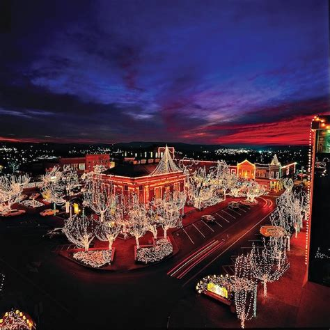 lights of the ozarks 2017 top 10 christmas light displays in arkansas 2017 only in