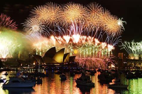 sydney botanical gardens new years sydney new year s credit wing royal botanic