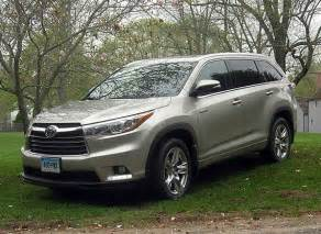 Consumer Reports Toyota Highlander Challenges Buying A 2015 Toyota Highlander Hybrid
