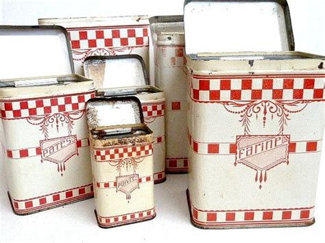 antique kitchen canisters antique kitchen canisters set oude blikjes en pillen of