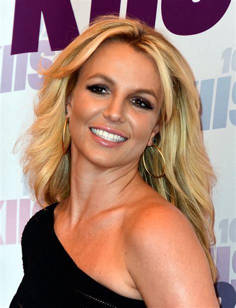 Britney Spears - Singer - Biography.com Britney Spears