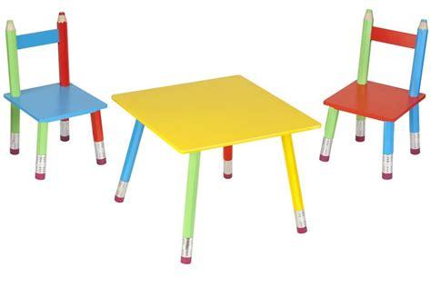 salon enfant le monde des enfants chambre table chaise