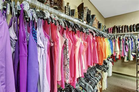 College Closet York Pa by College Closet Designer Clothing For Less