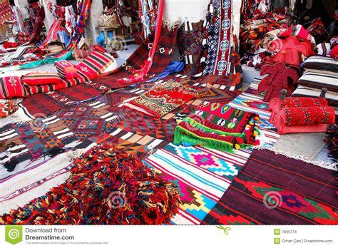 orientalische teppiche orientalische teppiche im wakif souk in doha qatar