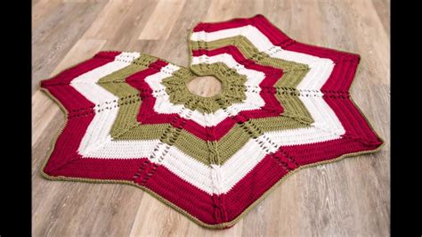 cable christmas skirt classic cable tree skirt crochet kit crochet tree skirt pattern yarn