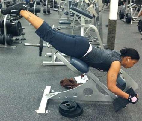 reverse  extension reverse hyper bodybuilding wizard