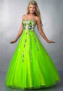 green prom dresses dressed up