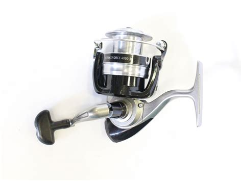 daiwa strikeforce 4000 b in box fishing reels spinning reels fishandsave discount