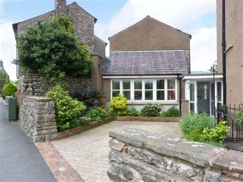 Cottages In Kirkby Lonsdale by Peel Cottage In Kirkby Lonsdale This Delightful Semi