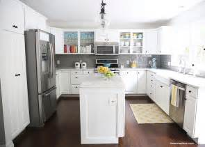 White and grey kitchen makeover on iheartnaptime com love the pops of